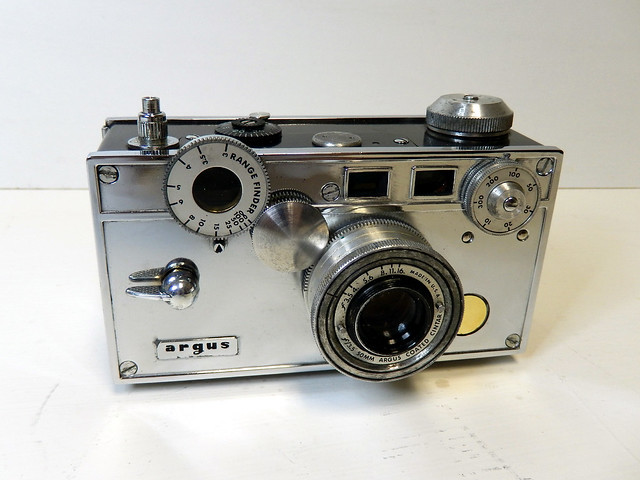 the nickel brick argus c3 35mm rangefinder camera flickr photo sharing. Black Bedroom Furniture Sets. Home Design Ideas