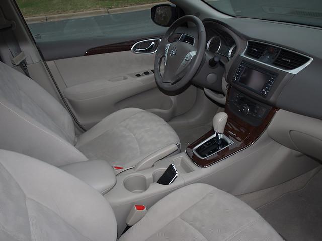 Nissan Sentra SL 7