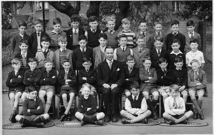 Chiswick: Hogarth School Juniors (1952)