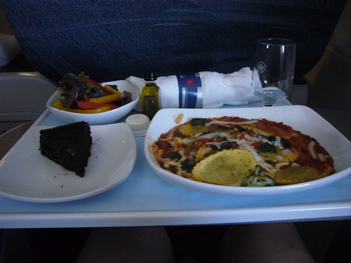 airplane lunch, pasta