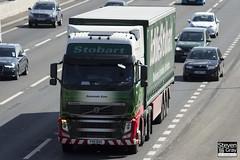Volvo FH 6x2 Tractor - PX11 BXG - Sarannah Kate - Eddie Stobart - M1 J10 Luton - Steven Gray - IMG_7608