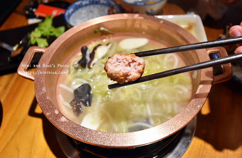 公益路餐廳老舅酸菜白肉鍋24