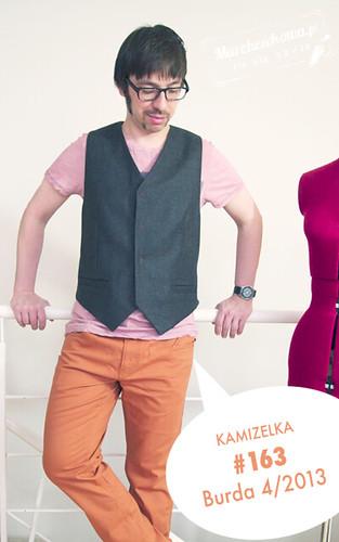 marchewkowa, pan marchewka, szyciowy blog roku 2012, szycie, krawiectwo, moda męska, retro, vintage, Burda 4/2013, #136, wełna, kratka, pomarańczowa podszewka, Piegatex, tkaniny, wykrój