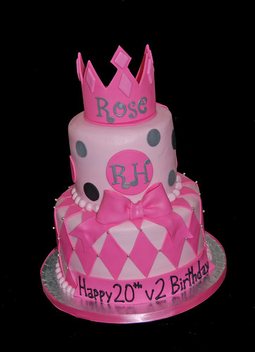 40th birthday pink and black princess cake