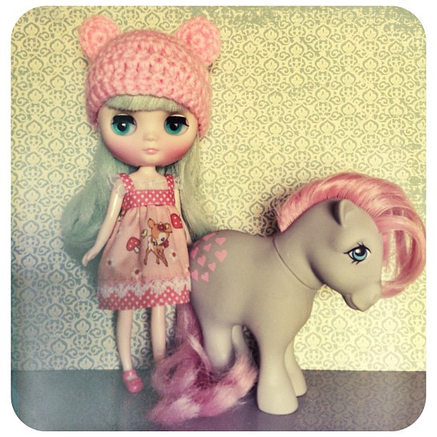 My Little Pony and Blythe go together like ketchup and fries.