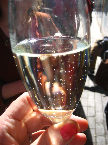 Prosecco in the sunshine!