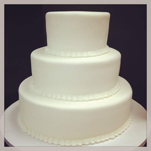 white simple wedding cake simple white wedding cake flickr photo 27321