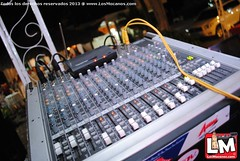 electronic device(1.0), audio engineer(1.0), mixing console(1.0), electronic instrument(1.0),