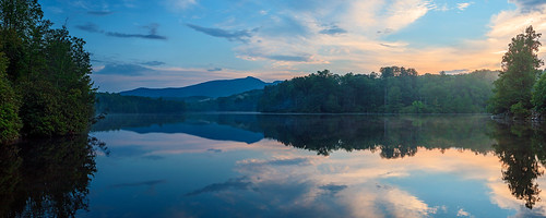 blue lake mountains northcarolina blueridgeparkway pricelake northcarolinamountains cs6 julianpricepark