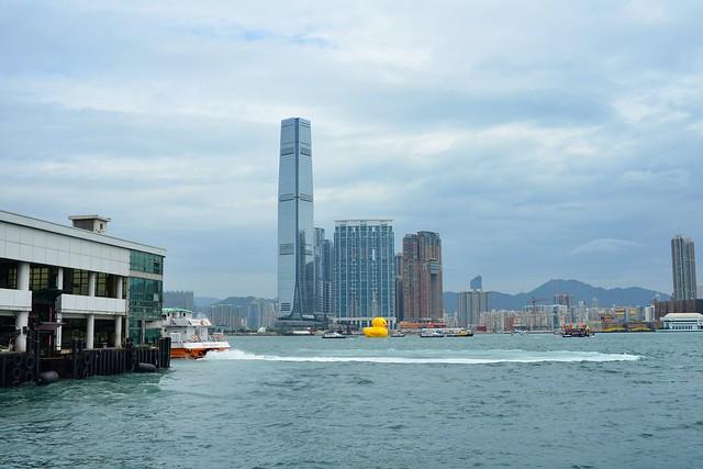 Giant Rubber Duck visits Hong Kong