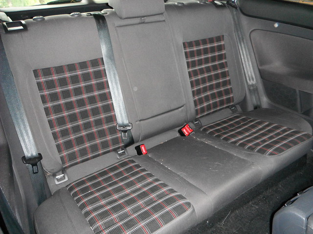 Vwvortex Com Diy Back Seat Removal Mkv Gti Rabbit With