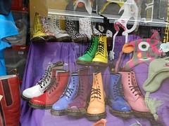 """""""shoes"""" [& -shops 4]"""