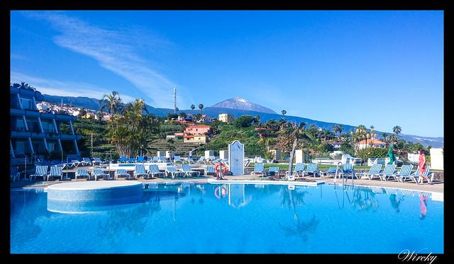Tenerife Icod Vinos Garachico Punta Teno - Teide desde la piscina del hotel