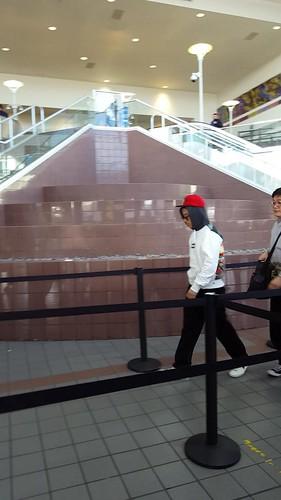 Big Bang - Los Angeles Airport - 06oct2015 - MiNatwOnnie - 14