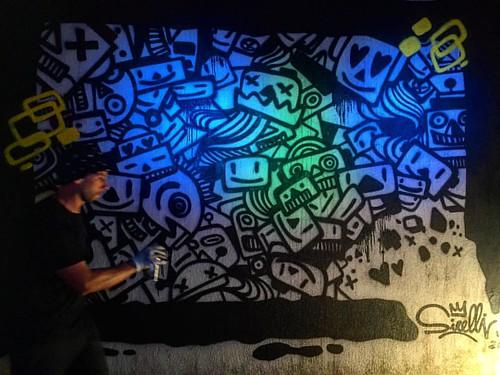 Buonanotte Taurianova!  ❤️❤️   #happy #friends #massimosirelli #adottaunrobot #robot #painting #sirelli #invasioniurbane #taurianova #calabria #art #artist #popart #live #performance #liveshow #graffiti #streetart