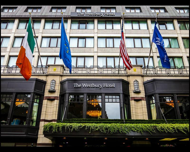 hotel westbury: