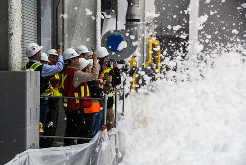 hardhat test fire construction crowd hangar foam contractor base trenton rcaf cfb fireprotection