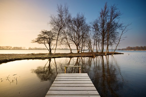 winter sky cold reflection water netherlands weather sunrise dark landscape outside island dawn landscapes pier nikon exposure day colours outdoor jetty thenetherlands clean clear poles vlietlanden groenehart landscapephotography d90 skylovers cmartijnvdnat