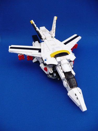 VF-1S Valkyrie Skull Leader Fighter Mode (Missiles Armed)