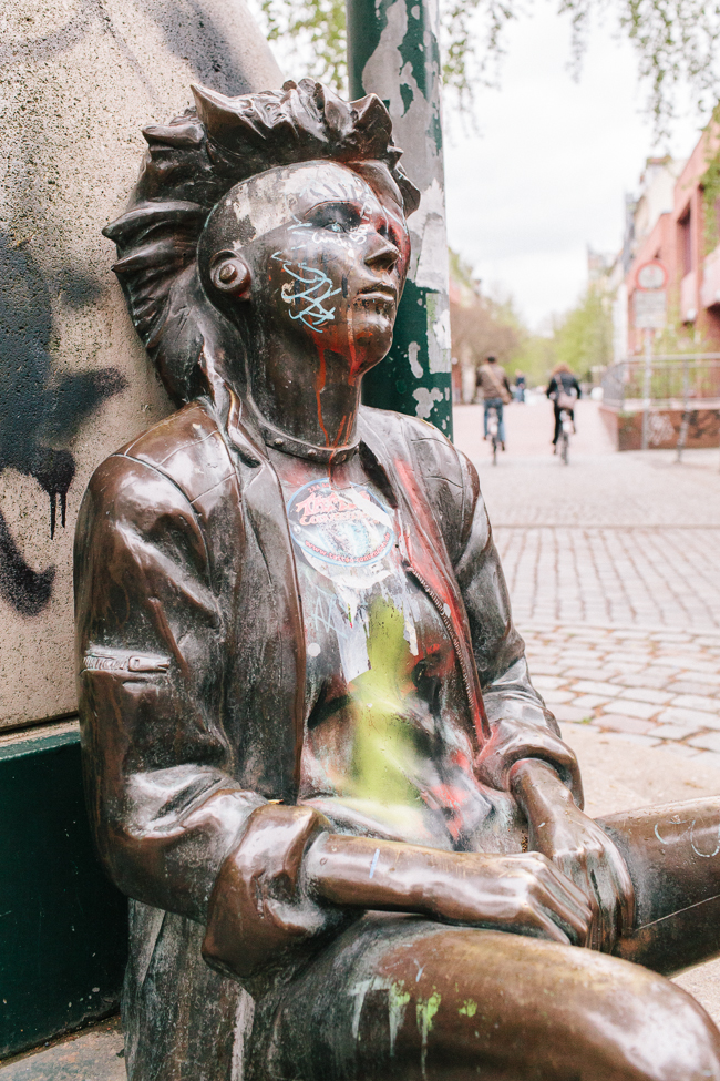 punk statue