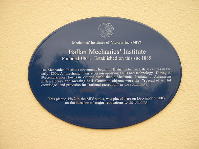 Photo of Ballan Mechanics' Institute blue plaque