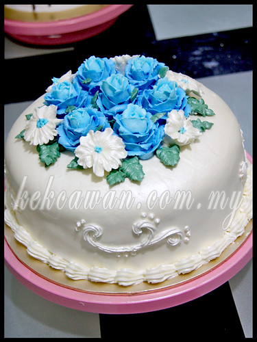 BAKE & DECO CLASS: Personal class ~ Steam buttercream cake & Ice Cream Cake ~ 29 March 2013