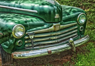 "Green Ford Sedan ""Super Deluxe""_HDR"