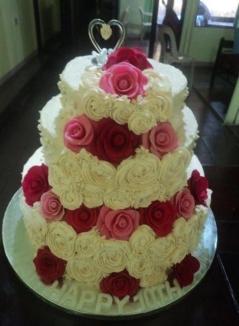 Elegant Floral Cake by Lizbeth Ligod Basco of Renesmee