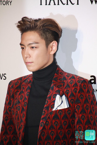 TOP - amfAR Charity Event - Red Carpet - 14mar2015 - Korea Star Daily - 02