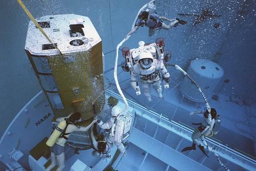 Neutral Buoyancy Simulator, Solar Max Testing  (NASA, Marshall, Archive, 04/01/83)