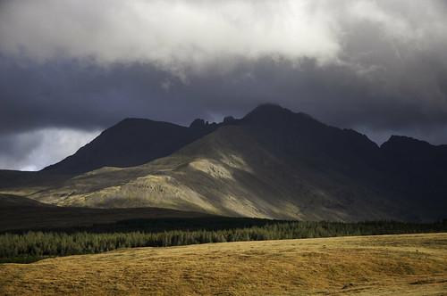 sky mountains skye clouds landscape scotland highlands scenery day isleofskye cloudy scottish cuillins glenbrittle