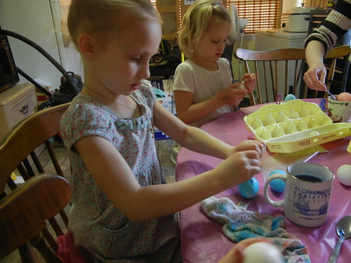 March 29 2013 Dying Easter Eggs, at the Clarks (4)