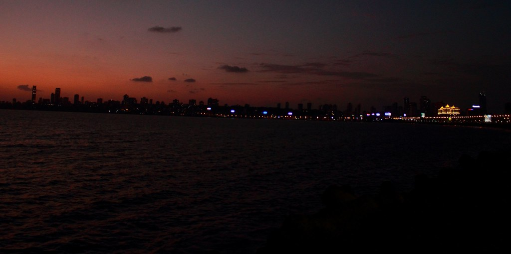 Mumbai_welcomes_the_Dusk 2