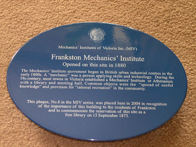 Photo of Frankston Mechanics' Institute blue plaque