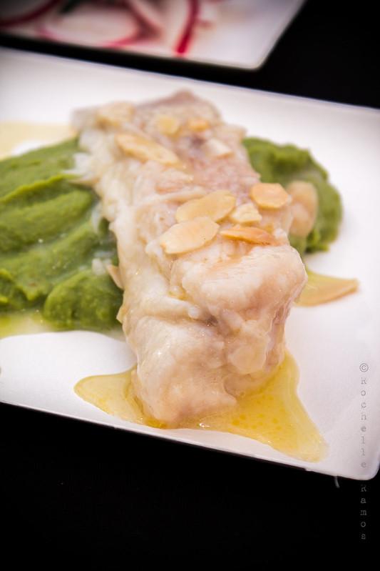 Nobre / Spazio Buondi - Raia com manteiga de amêndoas e puré de ervilhas