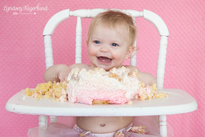 ombre-ruffled-buttercream-smash-cake