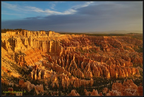 Bryce Canyon-Sunrise...