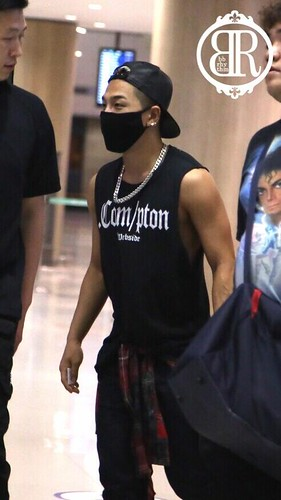 taeyang_return_from_chengdu_incheon-20140615 (24)