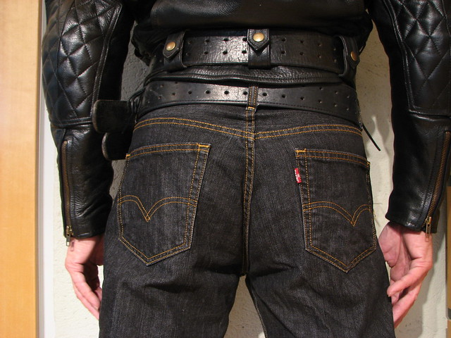 Bullhide angry belt 2x80 and 2,25x48 Levis 00560 0012 33x34 Black Rince Leather Maniacs MC-Jakke L B4 2115 2016-10-02