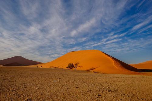 2016 africa august dune45 intrepid namibnaukluftpark namibia sossusvlei tour travel trip hardapregion na