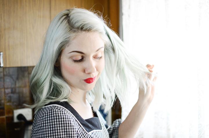 straight hair blue waves