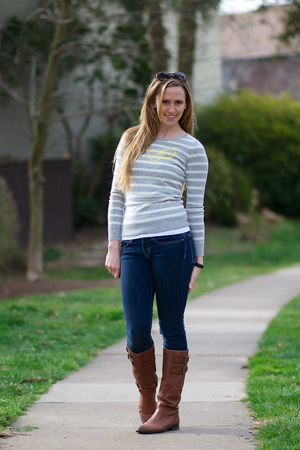 bow sweater 4