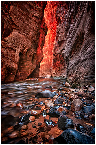 """2013-04-24 """"Lights at the End of the Canyon"""""""