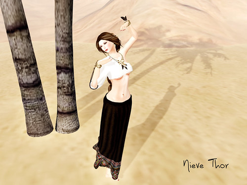 8688112018 863ba5b135 GLANCE   Second Life Fashion Feed