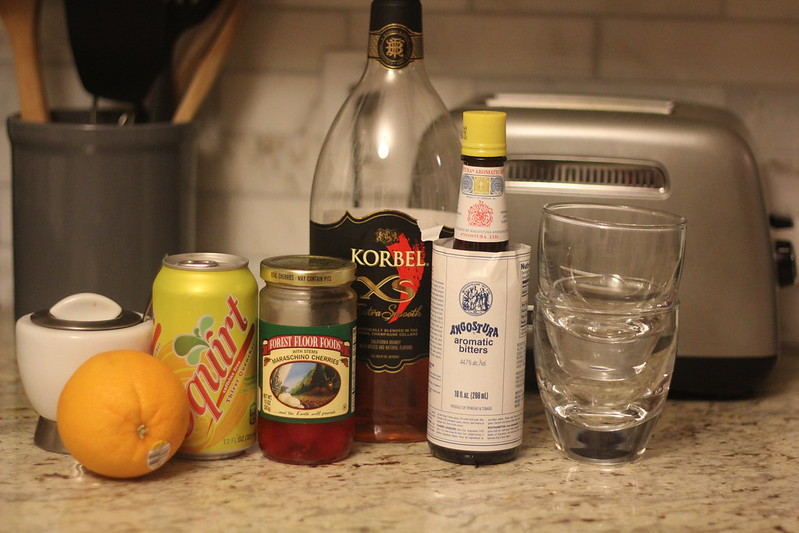 how to make a brandy old fashioned drink