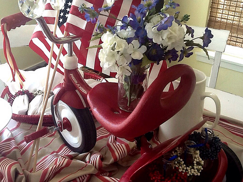 red white and blue centerpiece, Memorial Day Table decor, 4th of July table decor, red tricycle, Red white and Blue