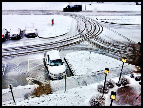 Good morning Des Moines - surprise, May snow - #124/365 by PJMixer