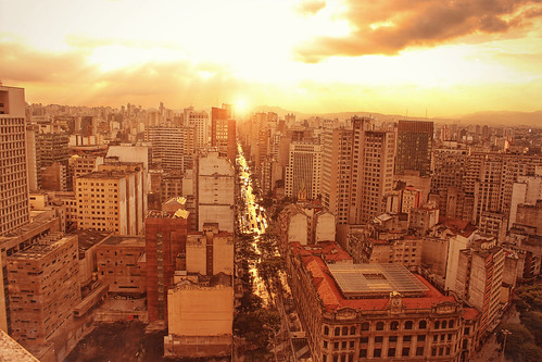 city light sunset brazil urban sun sunshine skyline sundown saopaulo sp martineli t4i estadodesãopaulo