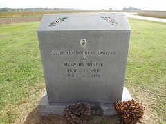 Memphis Minnie Grave
