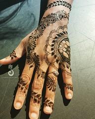 Quick #sangeet #hennadesign for @beautifulhennaforme last weekend in SoCal 🌞